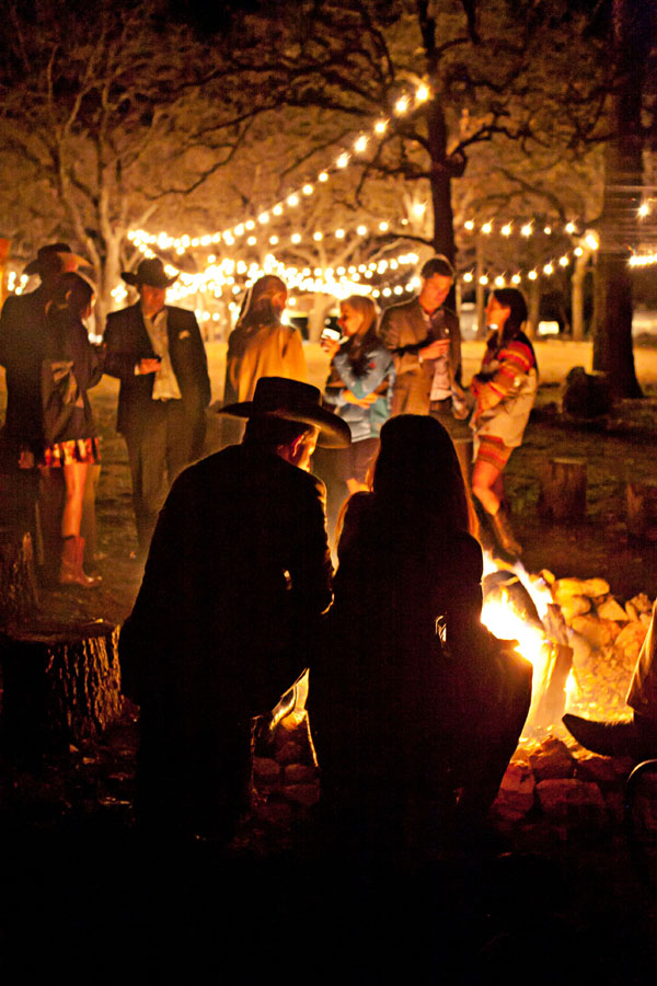 Backyard Bonfire Wedding : Wedding Bonfire ? Barn Wedding Venue