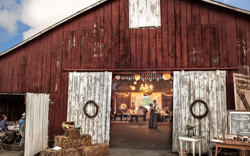 Missouri Barn Wedding Venue